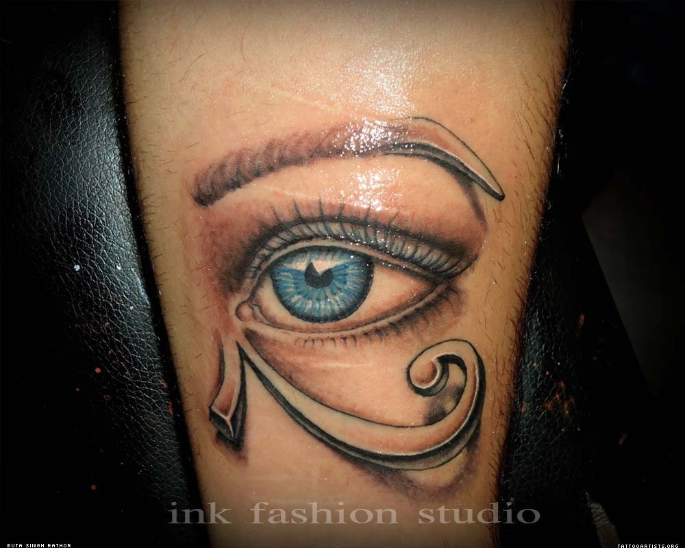 Illuminati Tattoos Designs Winged illuminati eye tattoo