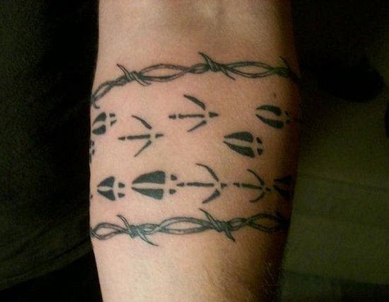 Barbed wire tattoo images designs