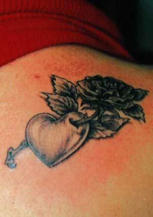 black rose and heart tattoo. Black Bedroom Furniture Sets. Home Design Ideas