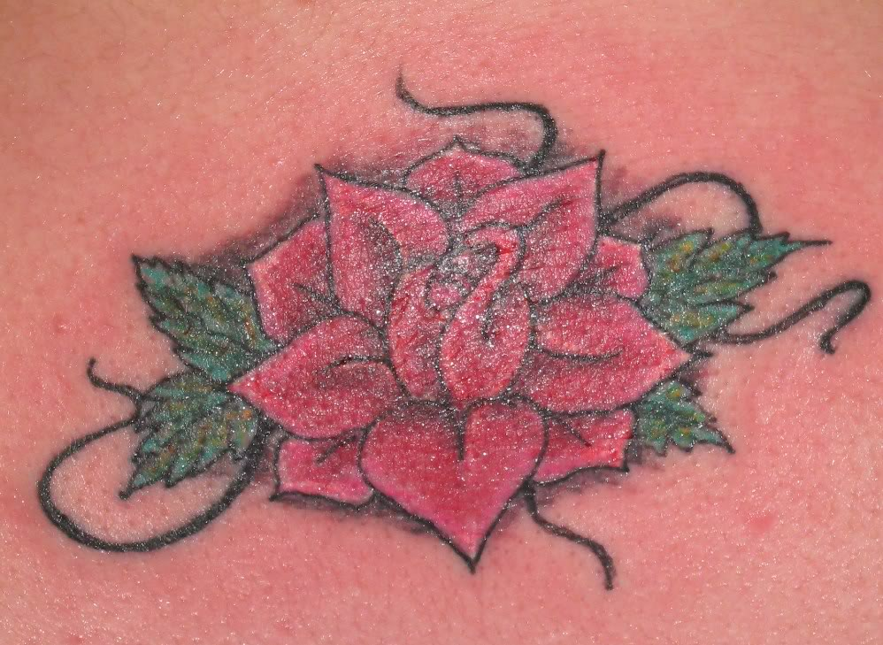 Cool classic red rose tattoo for Cool rose tattoos