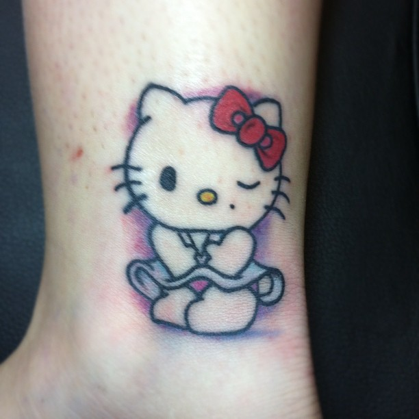 Hello Kitty Bow Tattoo Foot Naughty Hello Kitty Tattoo On
