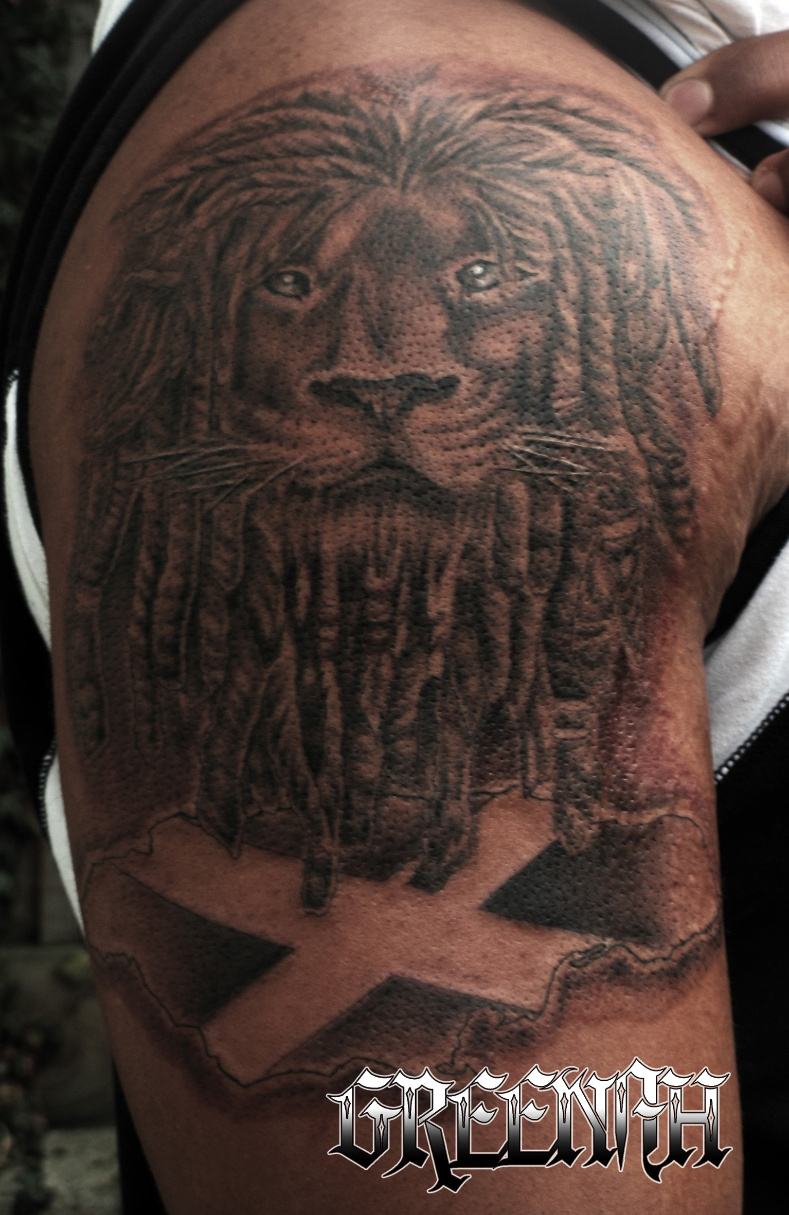 Lion with dreads tattoo drawings - photo#49