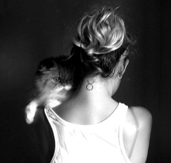 Taurus tattoo images designs - Tatouage nuque femme ...