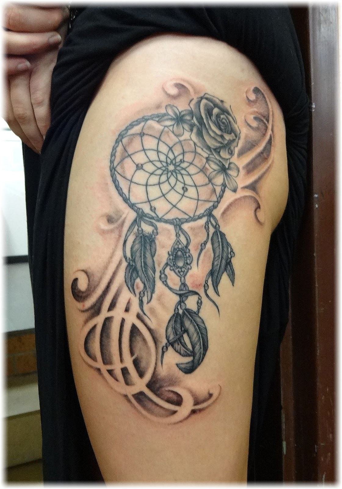 Dream catcher tattoos page 19 for Beautiful half sleeve tattoos