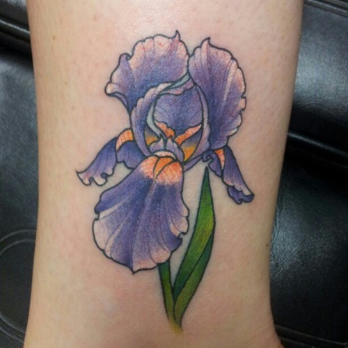 Iris Tatouage good iris tattoo on leg