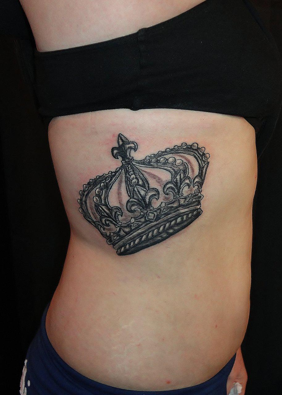 Queen Tattoo For Girls Girl Rib Side Q...