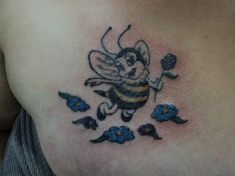 bee tattoo images designs. Black Bedroom Furniture Sets. Home Design Ideas