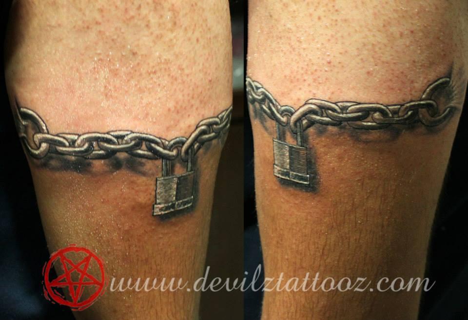 lock chain tattoo. Black Bedroom Furniture Sets. Home Design Ideas