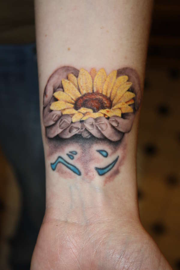 Sunflower Tattoo Images & Designs