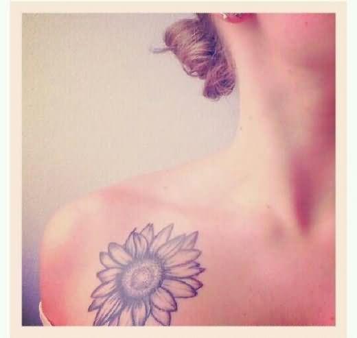 058b2c1b9 Color Sunflower Tattoo On Right Collarbone