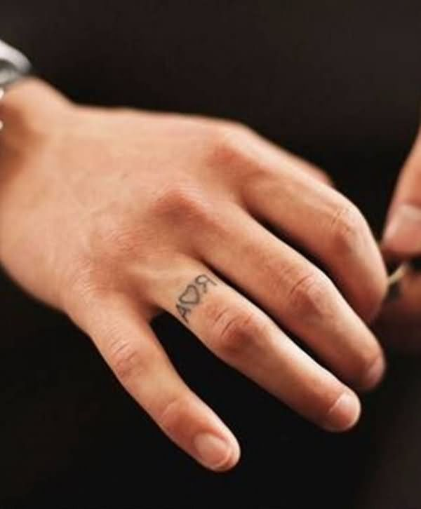 Tribal Band Tattoo On Finger