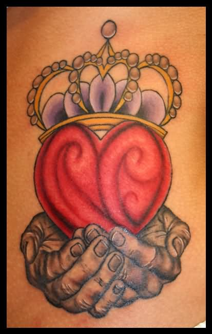 Wonderful Claddagh Tattoo Design