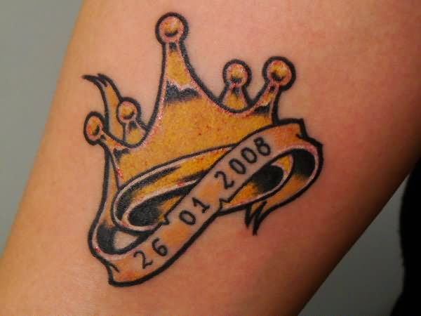 Crown Tattoo Images Amp Designs