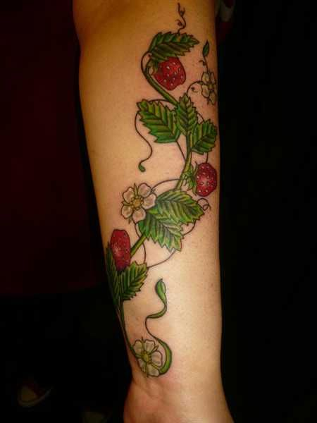 Strawberry Tattoo Images Amp Designs