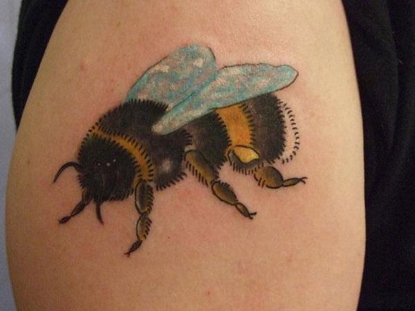 Buzzing Bumblebee Tattoo On Bicep