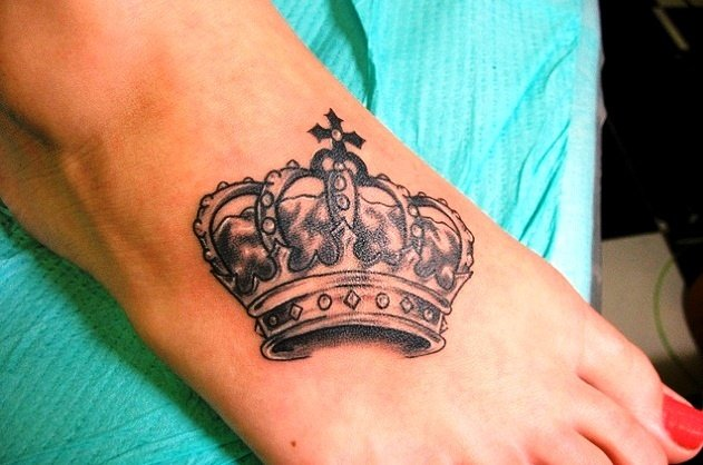 Grey Queen Crown Tattoo On Right Foot