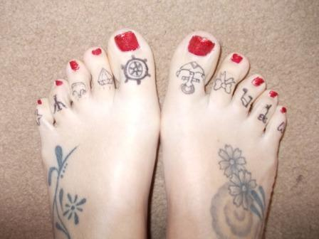 Sailor Toe Tattoo Designs For Girls