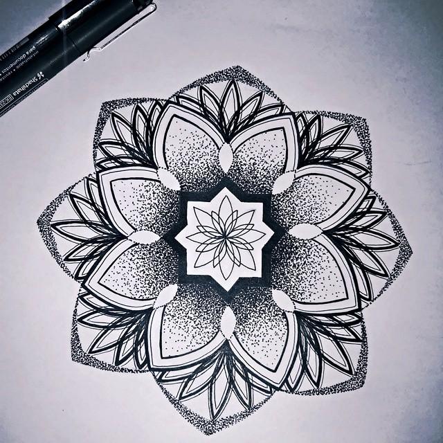 Mandala Tattoo Designs: Mandala Tattoo Images & Designs