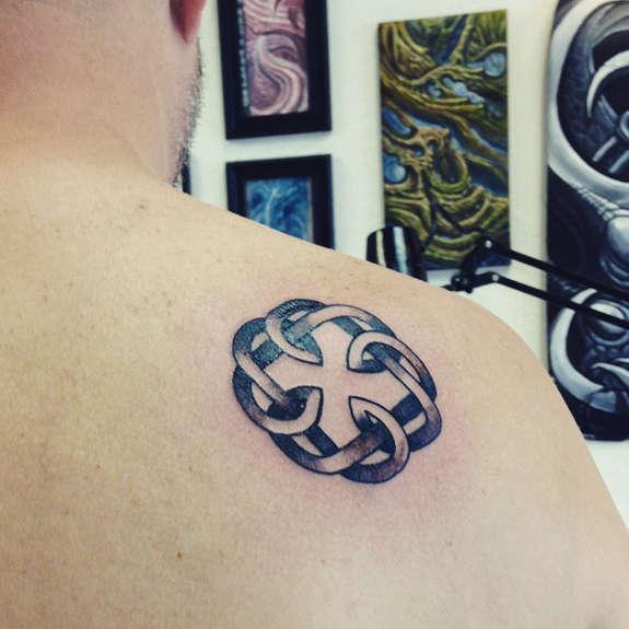 23 Simple Celtic Tattoos