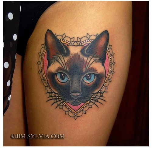 Cat Frame Traditional Tattoo On Left Thigh