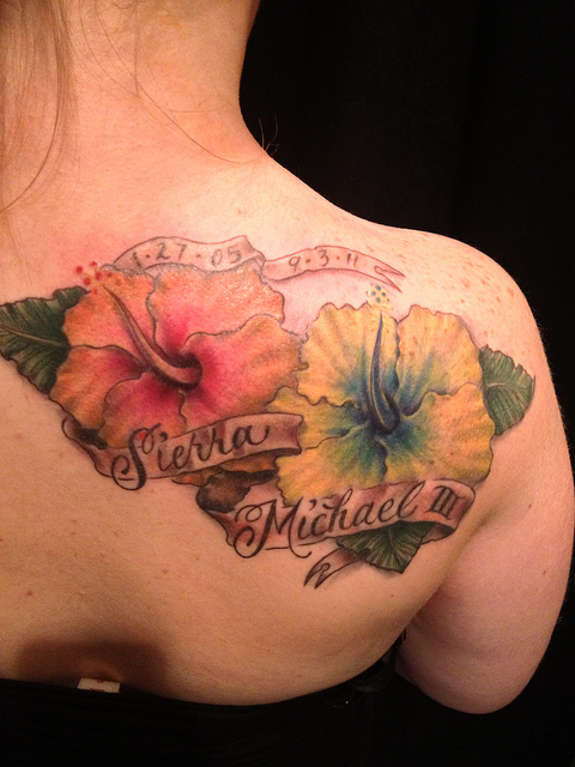 Remembrance Hibiscus Flowers Tattoo On Back Shoulder