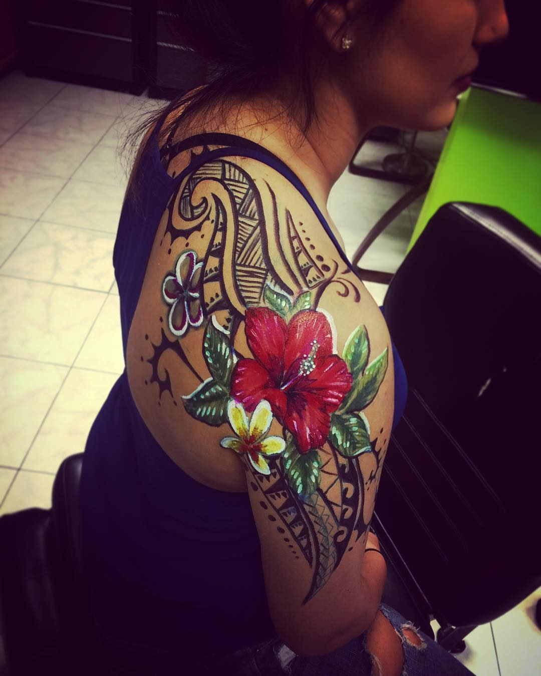 Tribal Hibiscus With White Border Tattoo On Shoulder For Girls
