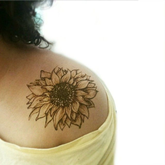 Tattoo Ideas Sunflower: Sunflower Tattoo Images & Designs