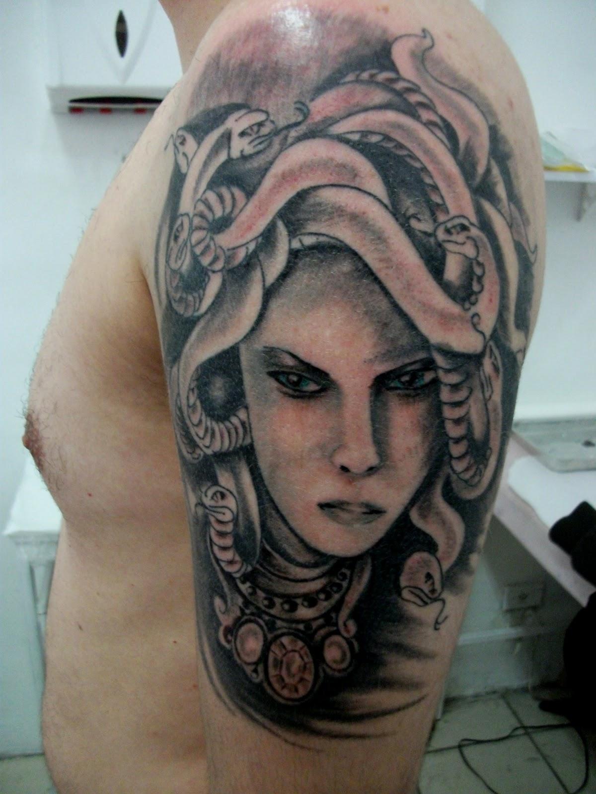 Медуза горгона татуировка фото