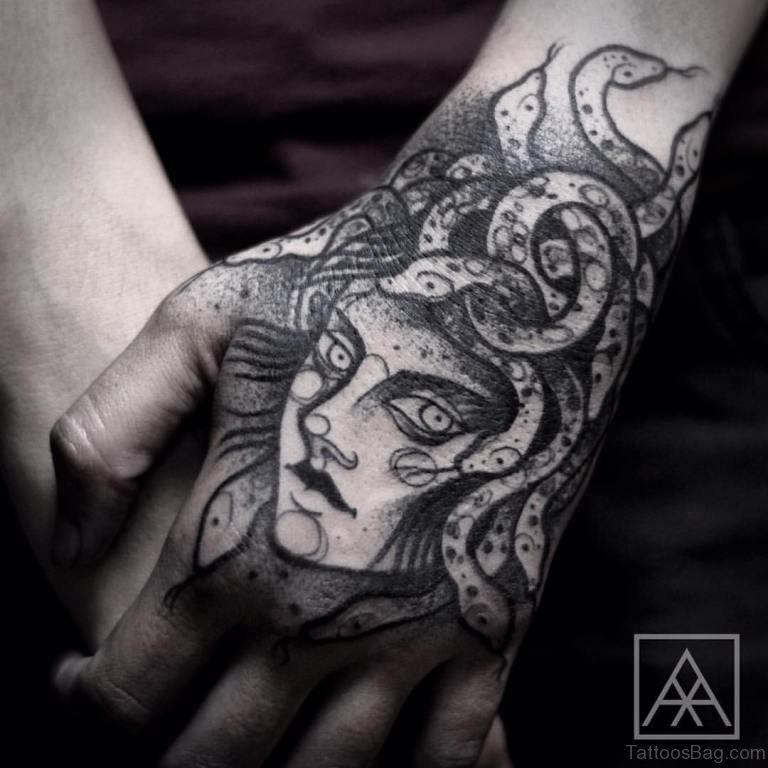 Фото тату на кисти руки для мужчин эскизы