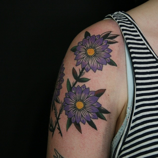 Purple Daisy Tattoo: Daisy Tattoo Images & Designs