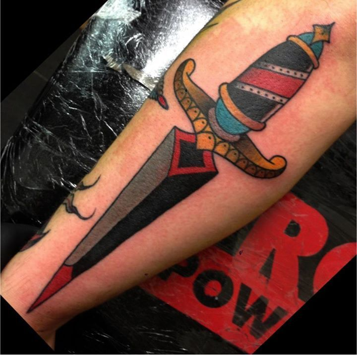 Realistic Dagger Tattoo On Leg