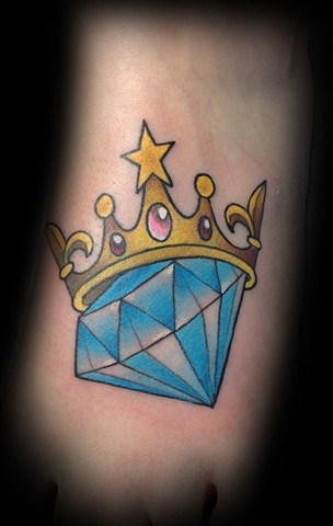 Blue Diamond With Crown Tattoo Design For Foot