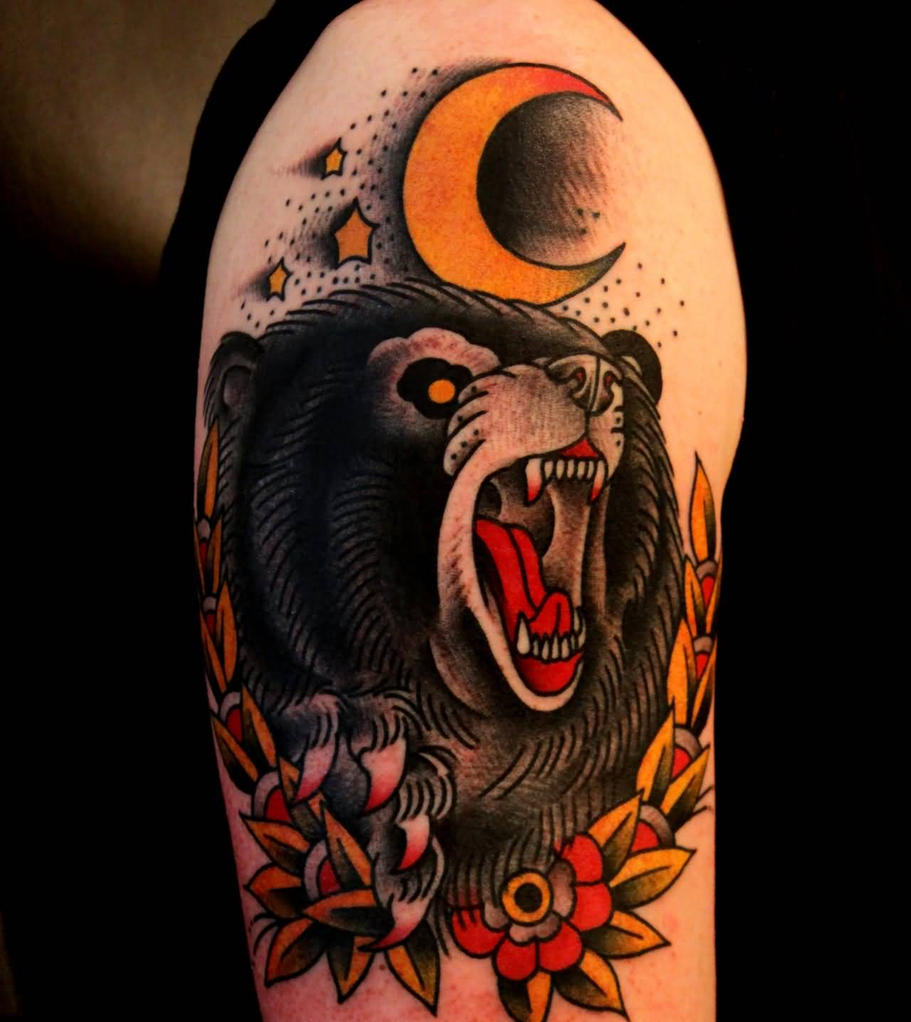 Traditional Angry Bear Tattoo On Right Half Sleeve