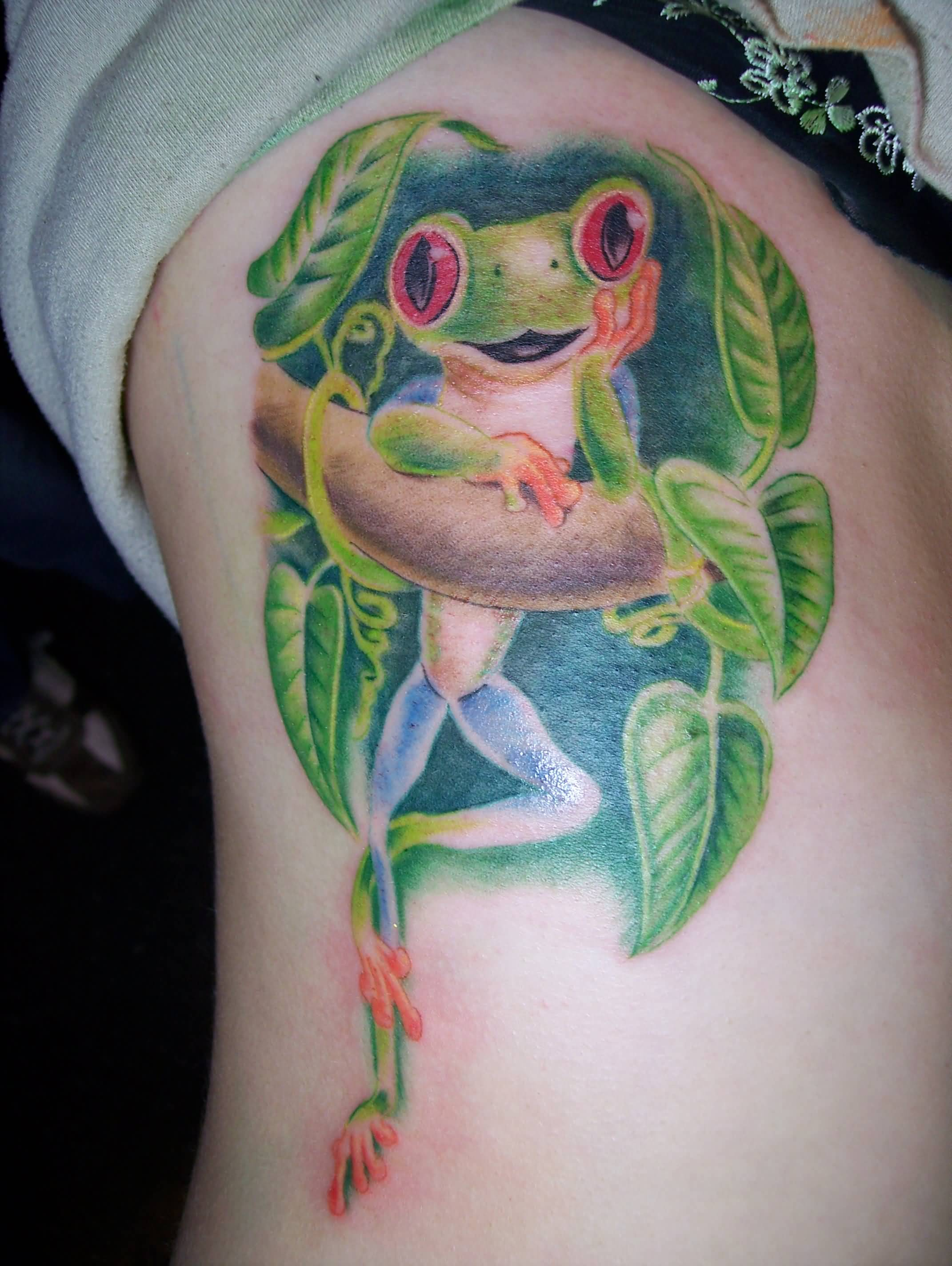 Rib Side Green Frog Tattoo For Girls