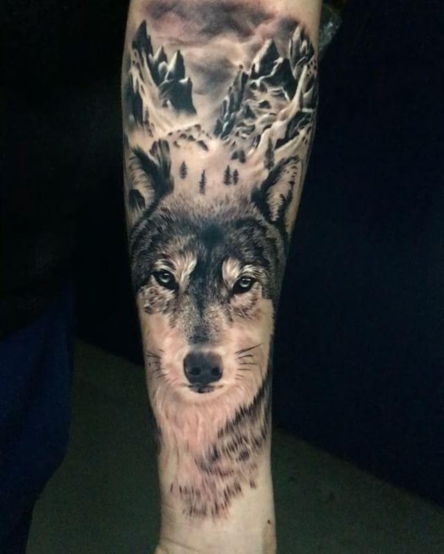 Nice Wolf Head Tattoo On Arm Sleeve