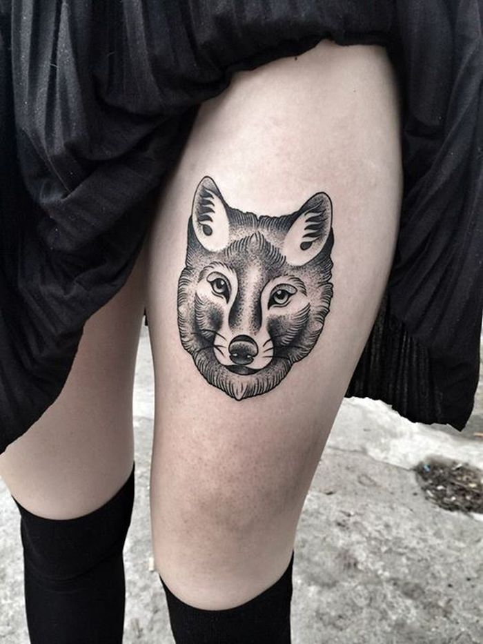 Wolf Head Tattoo On Girl Left Thigh