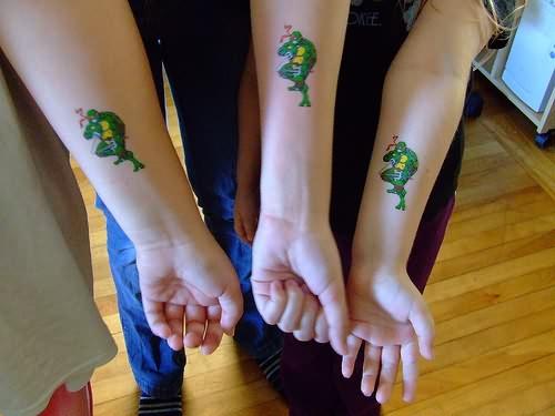 Turtle tattoo wrist - photo#27
