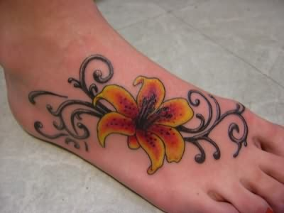 Love Flower Picture on Foot Tattoos Pictures And Images   Page 11