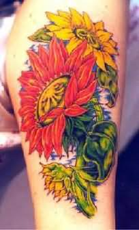 Beautiful Sunflower Tattoo On Leg
