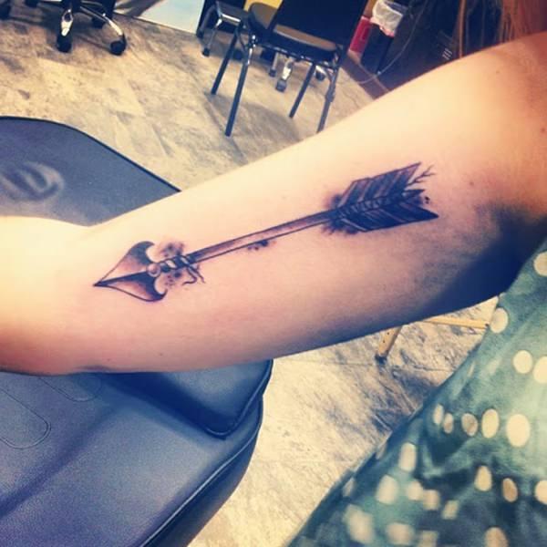 Beautiful Arrow Tattoo On Inner Arm
