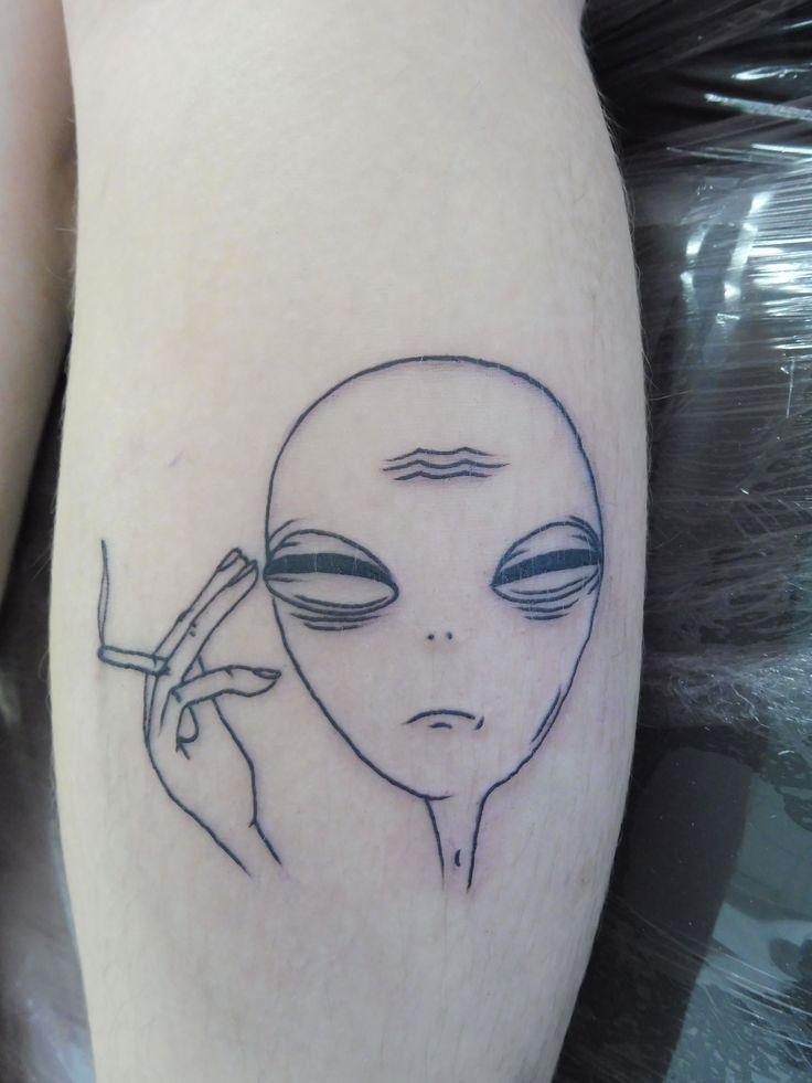 Smoking Alien Tattoo On Leg