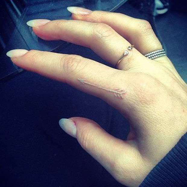Arrow Tattoo Finger: Arrow Tattoo Images & Designs