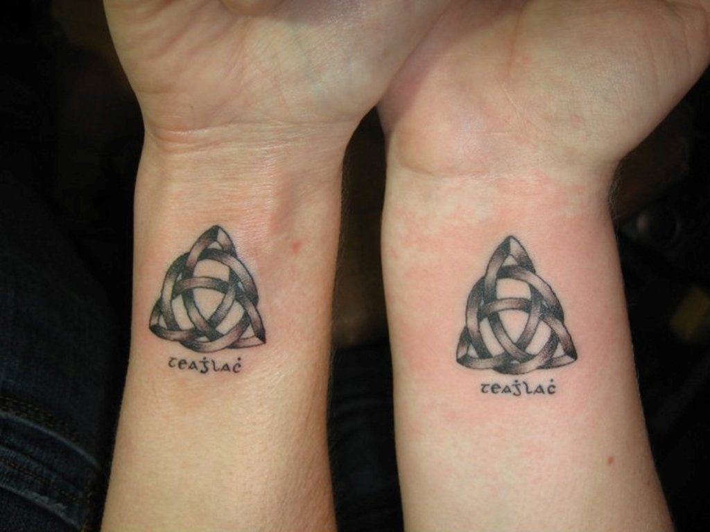 Celtic knot tattoo on wrists buycottarizona Images