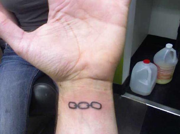 Chain tattoo images designs for Bioshock wrist tattoo